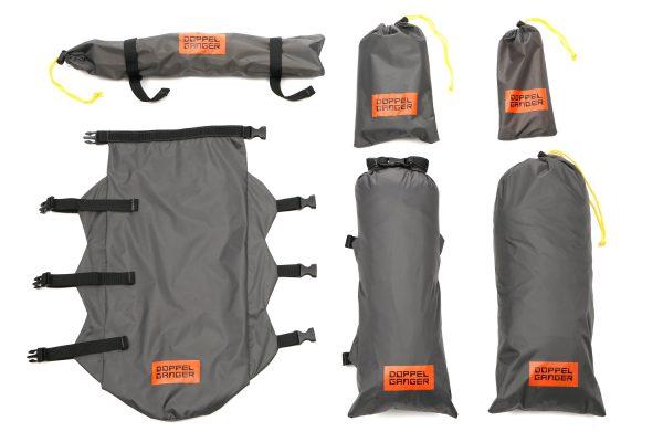 自転車やオートバイでの移動中にかさばるテントを、細かく分割して収納できる。